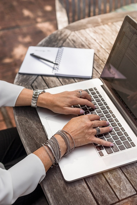 hands laptop